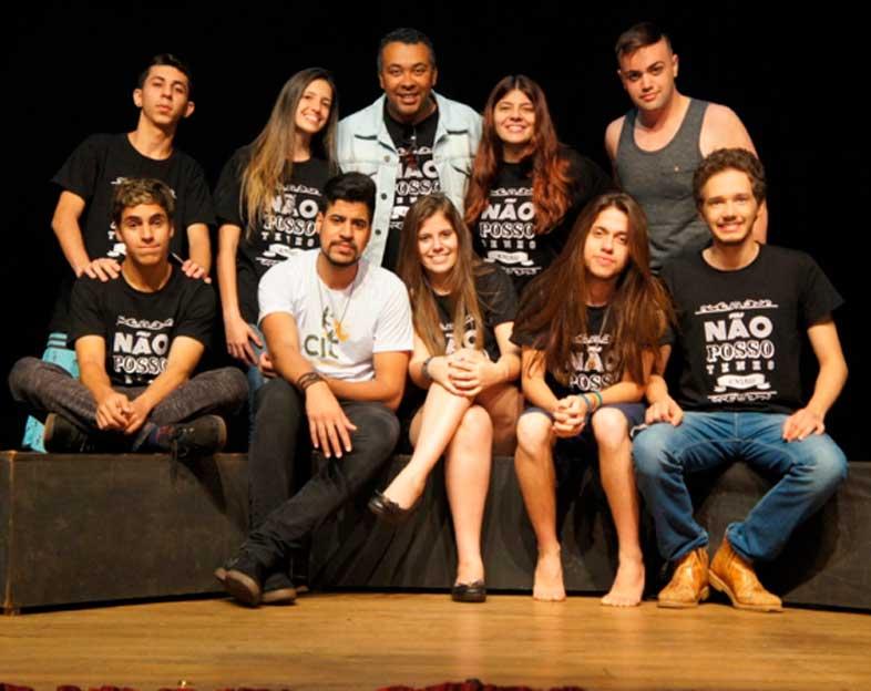 Grupo foi montando por ex-alunos do Curso de Iniciação Teatral de Cravinhos