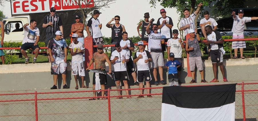 Torcida Organizada Camisa 12 do Corinthians se fez presente para apoiar o time