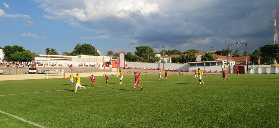 Partida terminou em 5 a 2 para o Corinthians
