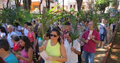 Domingo de Ramos é celebrado em toda a região