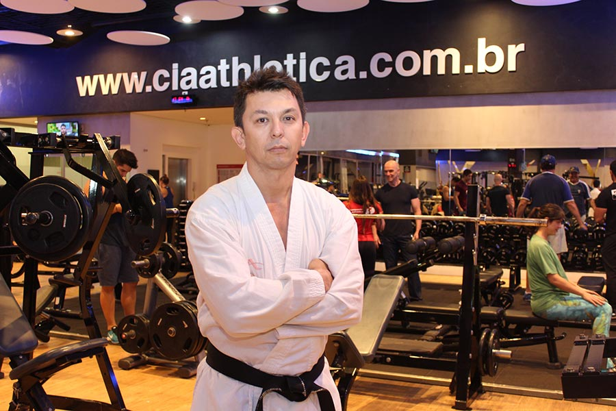 Giovani Sakata disputa o VI Open Internacional de Karate do Arnold Sports
