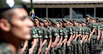 Jovens nascidos no ano 2000 devem fazer o Alistamento Militar