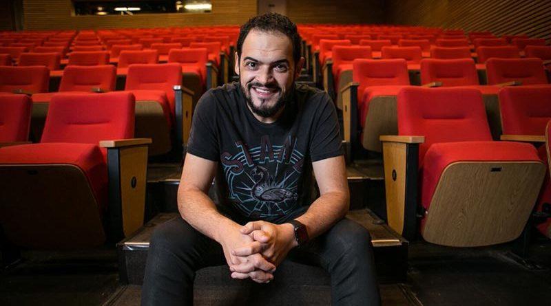 Matheus Ceará se apresentará com show de stand up em Cravinhos