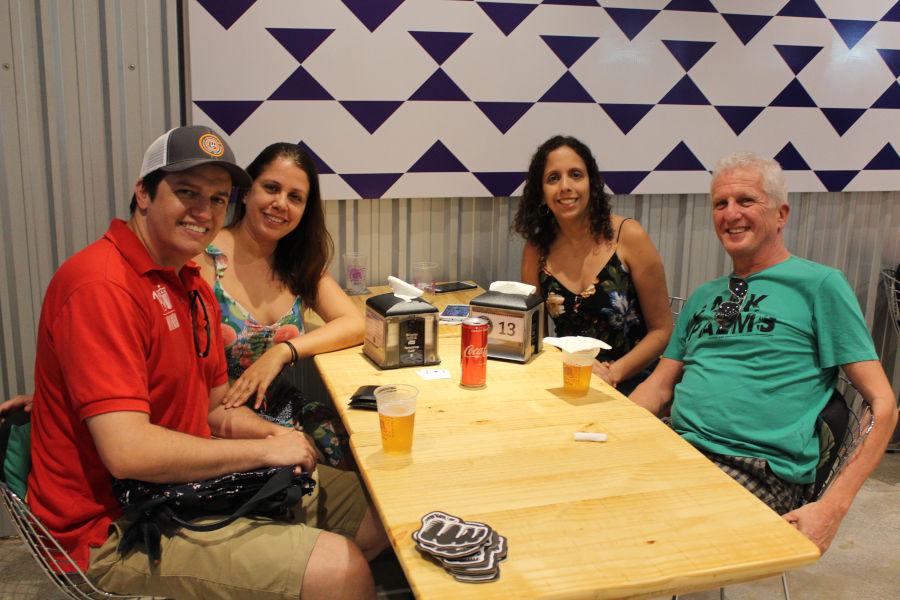 4ª edição da Hamburgada da Cervejaria Invicta aconteceu no novo bar